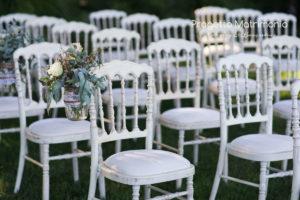 flower design sopra sedie