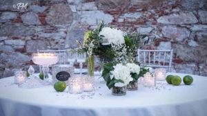 tavolo degli sposi con limoni